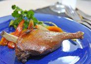低温調理した鴨モモと色んなお野菜のコンフィ