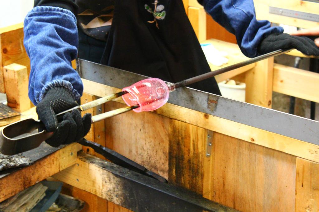 小樽で手作り吹きガラス体験