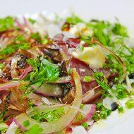炙りカツオのカルパッチョ 香味野菜のサラダ添え