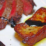 牛フィレ肉のタリアータ フォアグラ添え